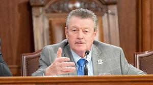 """Sen. James Brewster has introduced a bill to ban Pennsylvania state lawmakers from receiving """"per diem"""" expense payments for travel, lodging in addition to their full-time salaries."""